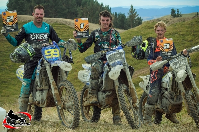 LEADING NZ CROSS-COUNTRY RIDERS REVEAL THEMSELVES